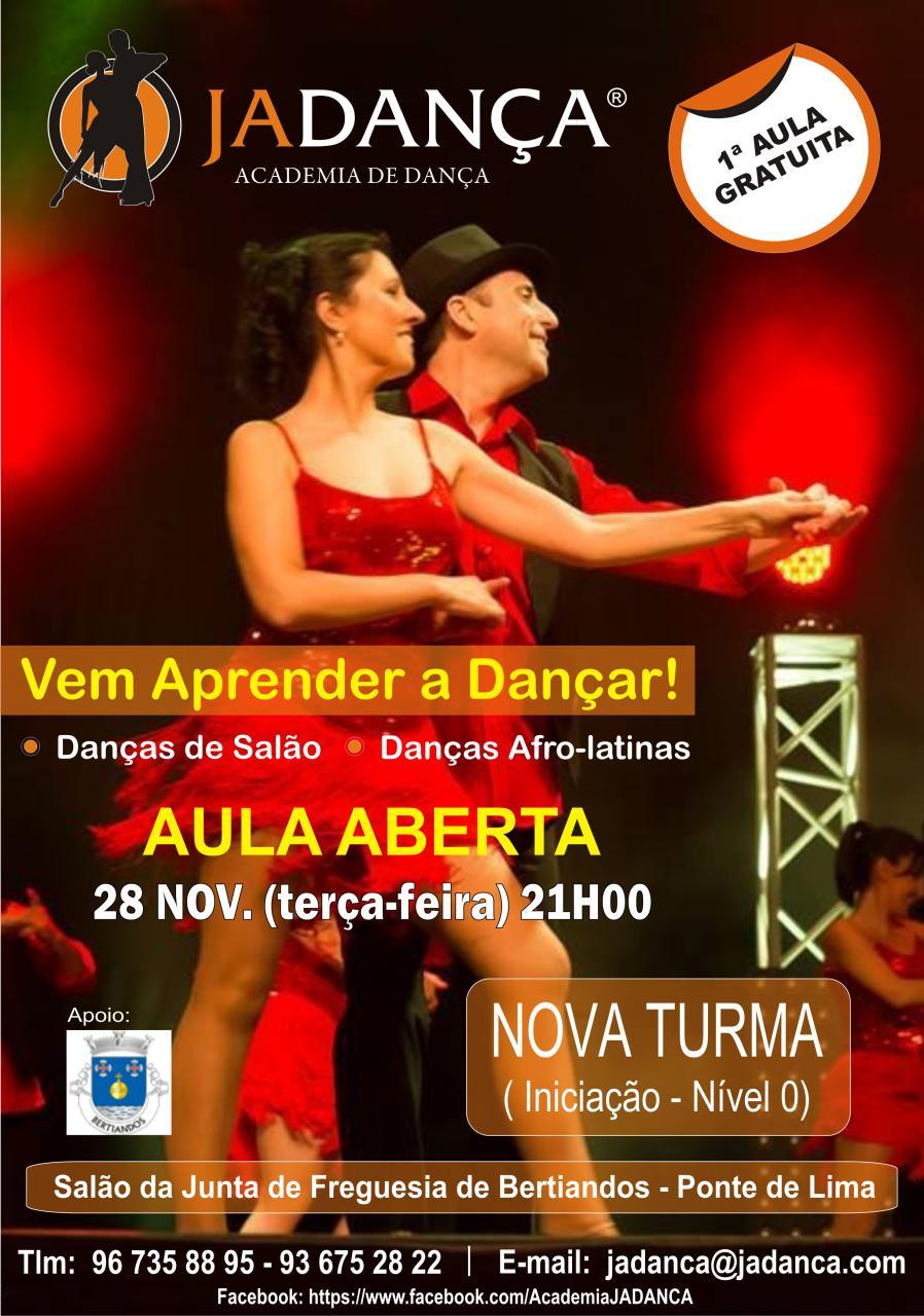 Aulas Dança no Salão da Junta de Bertiandos